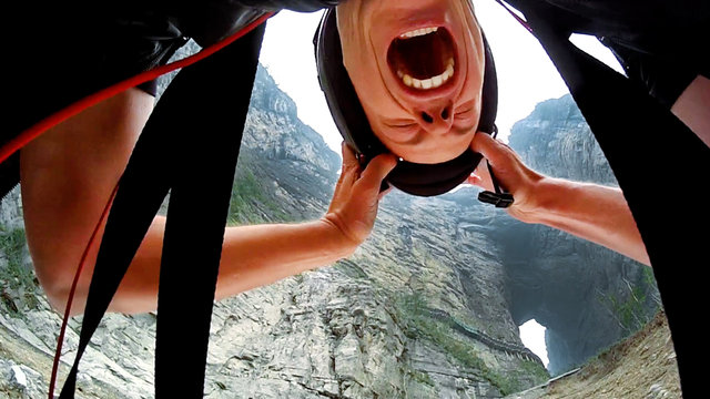 Jeb corliss Flies Through Tianmen Cave