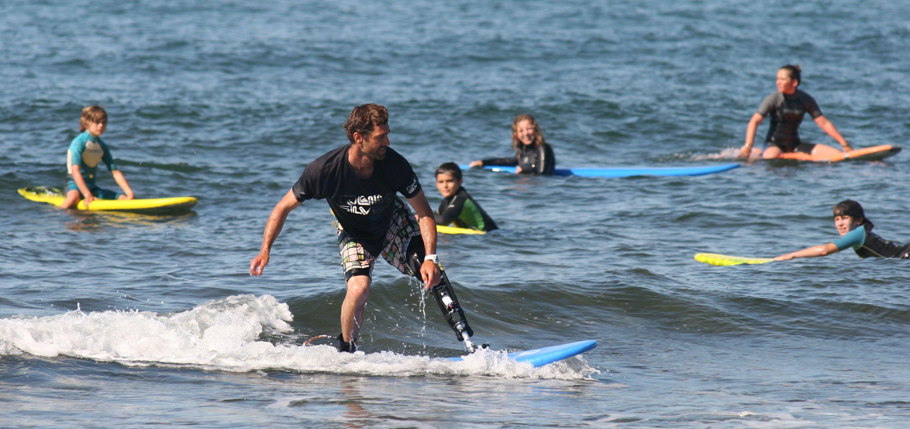 Eric_Dargent_surfeur_genou_BTK_Proteor_handicap_technologie_4