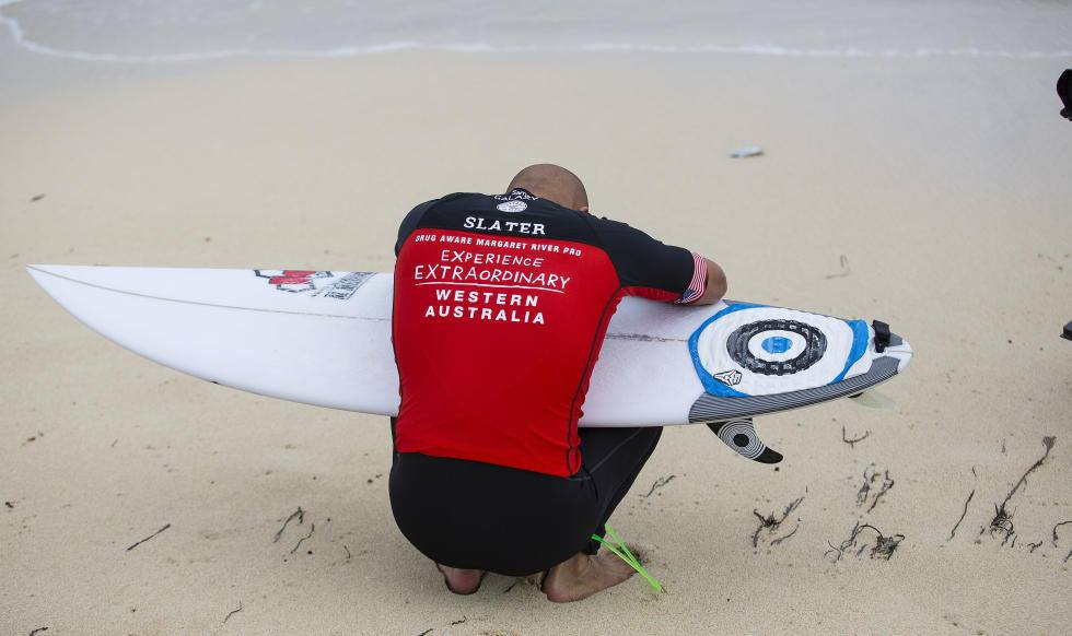 kelly slater quitte quiksilver 2