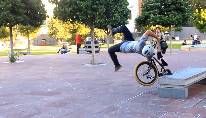 Fail : Comment planter son feeble grinds en BMX