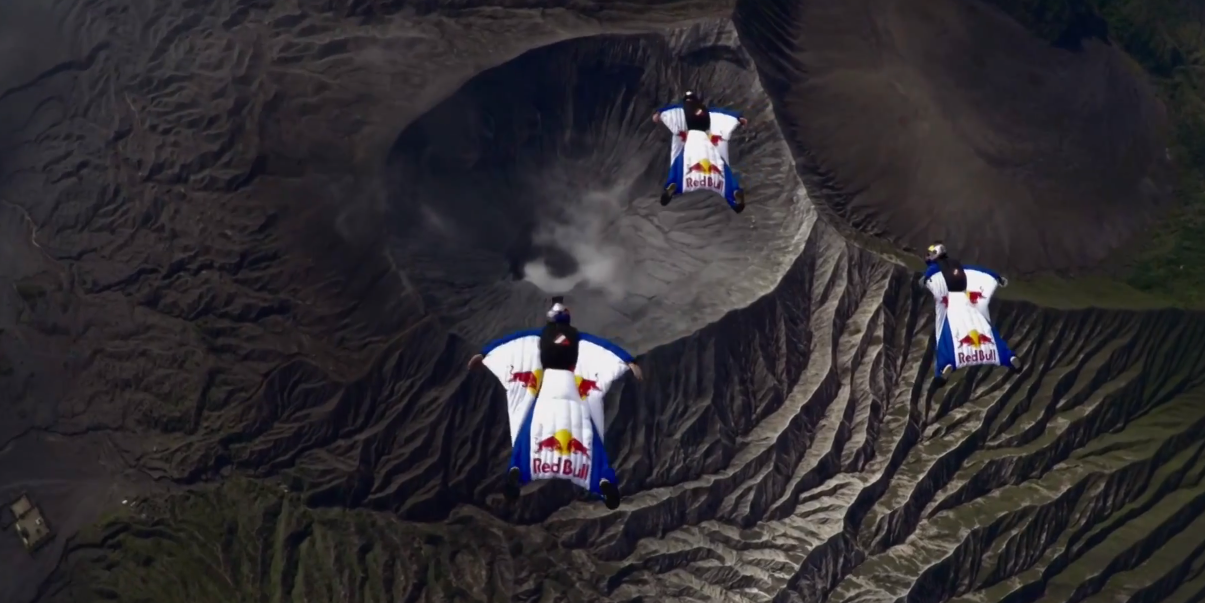 Wingsuit avec la team Red Bull
