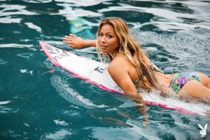 La surfeuse Tia Blanco dans Playboy