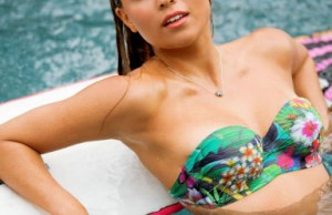 Le surfeuse Tia Blanco dans Playboy