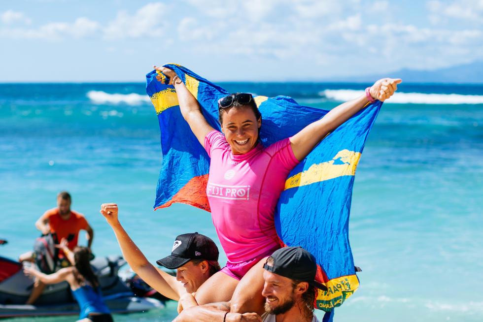 Johanne Defay remporte le Fidji Women's Pro 2016