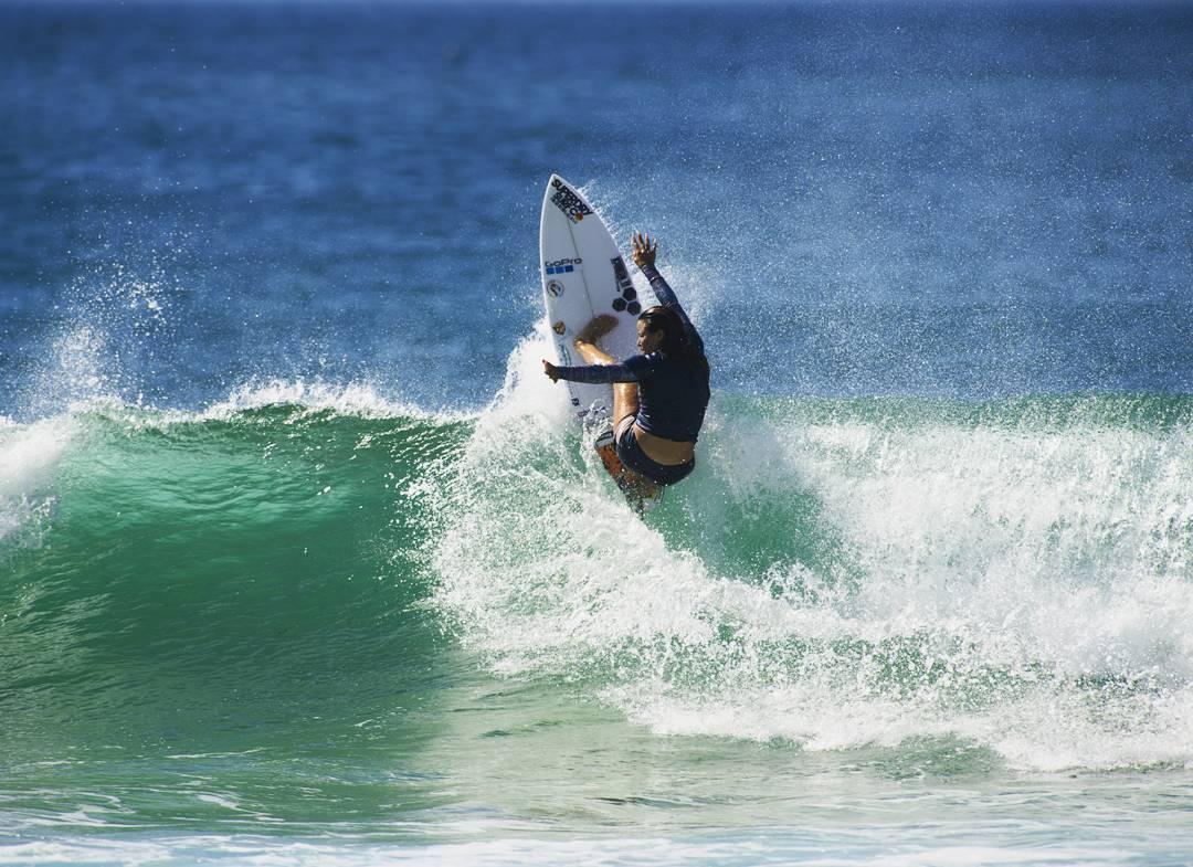 Johanne Defay lance sa saison 2017 par une victoire en QS surf