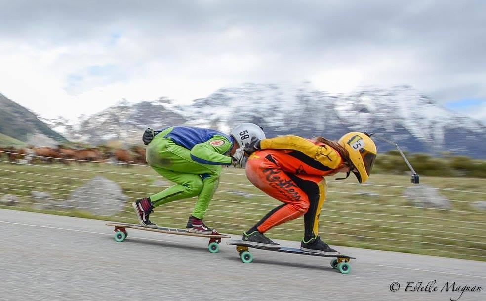 Le Longboard Grils Crew, plus grand mouvement de skate féminin Lyde Begue