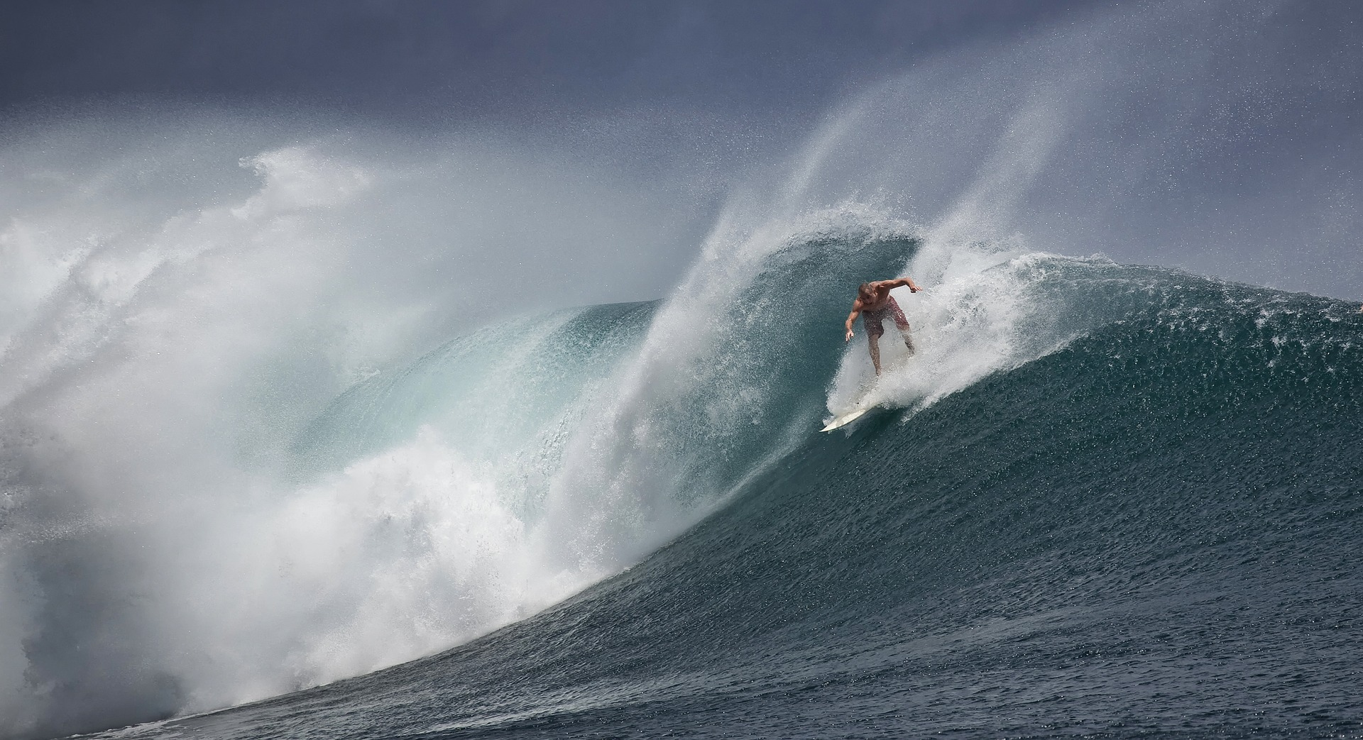sport extreme montagne surf snowboard speedflying ski courchevel menuires