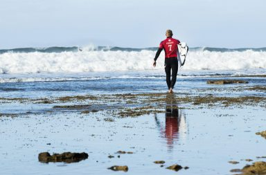 Mick Fanning surf finale rip curl pro bells beach australia