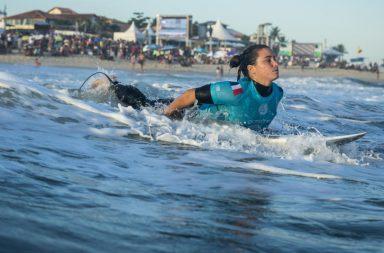 Oi Rio Pro 2018 live Johanne Defay surf bikini