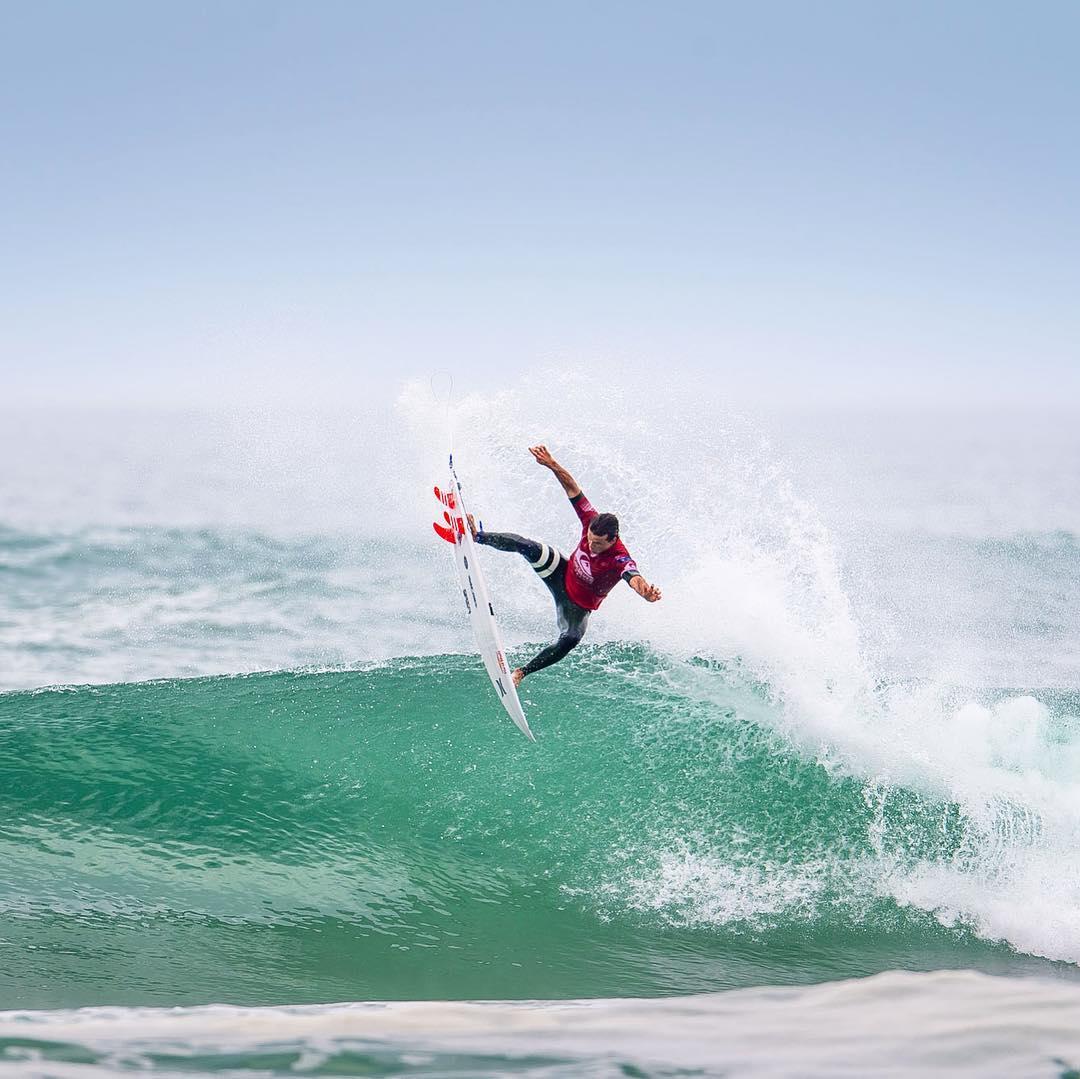 julian wilson surf quiksilver pro france hossegor culs nus