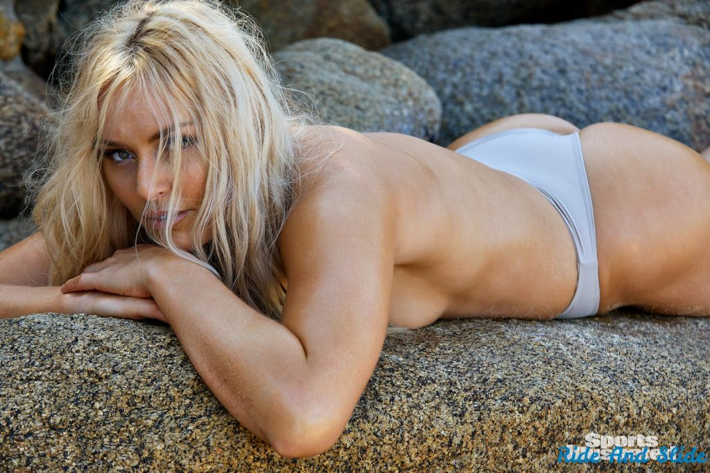Lindsey Vonn sports illustrated swimsuit 2019 thong string bikini sexy ass nude nue