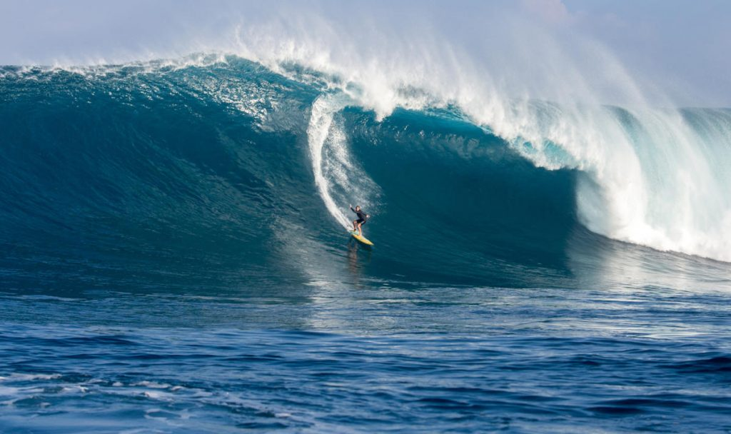 2019 Women's Paddle Record Nominee: Andrea Moller at Jaws WSL / Fred Pompermayer