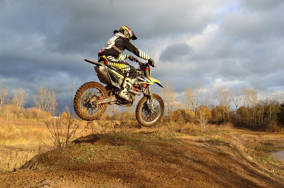 Quels équipements pour faire du motocross