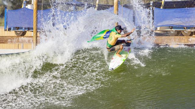 gabriel medina gagne le freshwater pro 2019