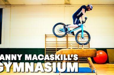 Danny Macaskill gymnasium vtt bike trial red bull vidéo