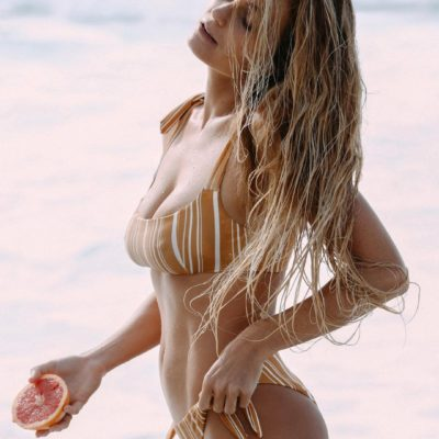 alana blanchard pregnant bikini string thong ass nude nue sexy enceinte